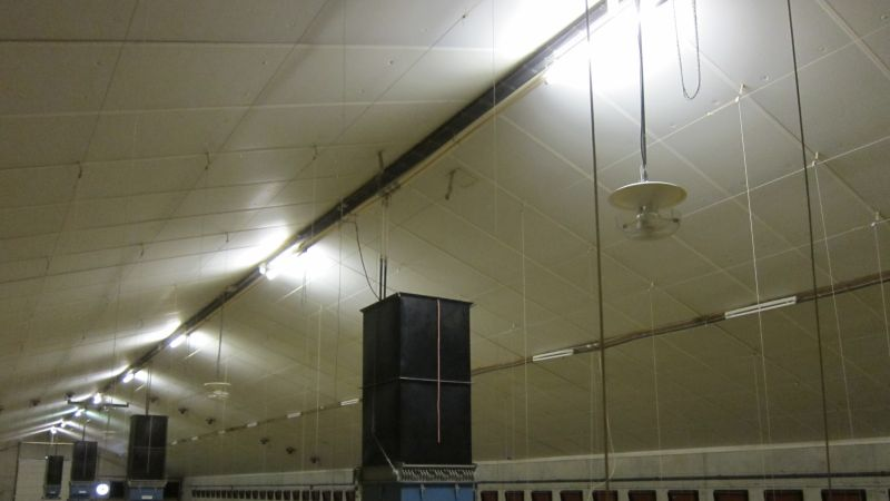 Vertical ventilation in greenhouses and poultry houses
